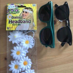 ❣️BUNDLE❣️X2 sunglasses & flower power headband